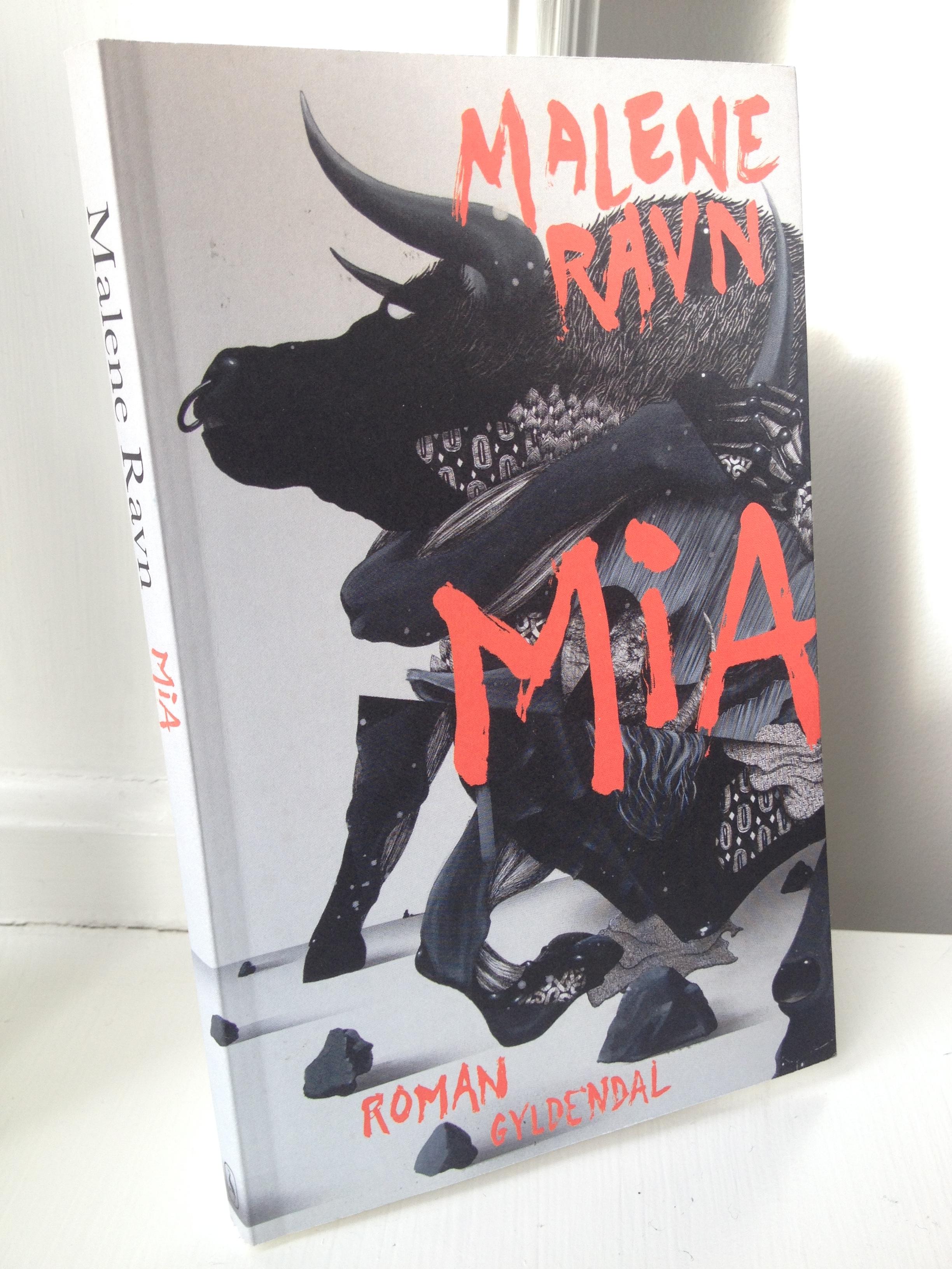 Malene Ravn roman Mia